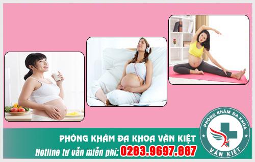 Những việc mẹ bầu cần làm để tránh đau bao tử khi mang thai.